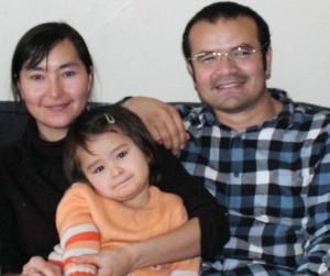 Abduveli-ayup-Eşi-ve-kızı-ile