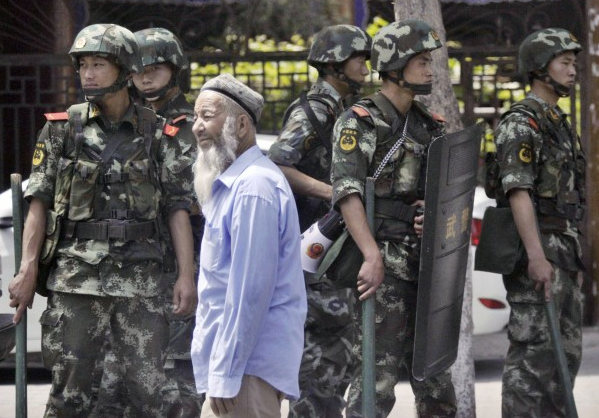 At Least a Dozen Killed, 100 Wounded in Bugur Riots in Xinjiang