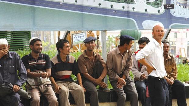 Xinjiang  10.000 yuan toelage voor gemengde huwelijken