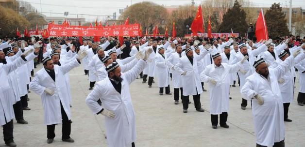 uygur_muslumanlarina_dansli_cin_iskencesi