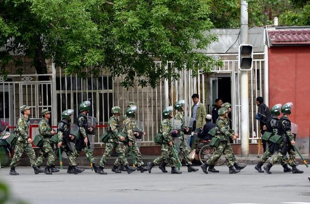 新疆莎车武装部长及家人被砍死 7袭击者被警察击毙