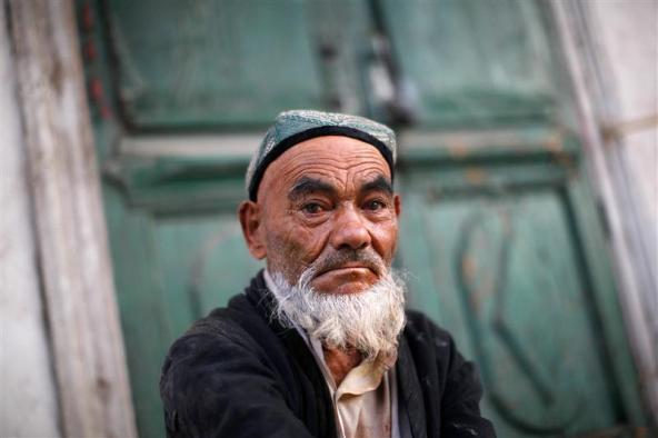 Chinese court jails Uighur for 6 years for growing beard
