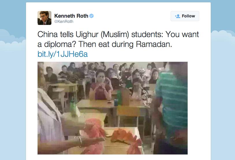 Islamitische studenten in China moeten verplicht meloen eten in klas