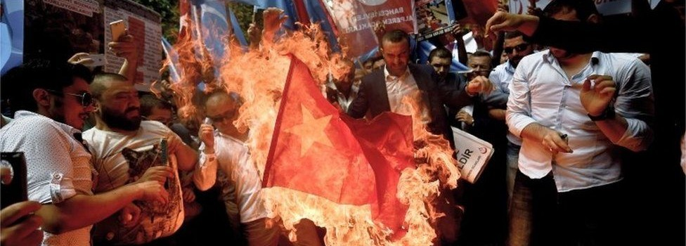 Chinese tourists warned over Turkey Uighur protests