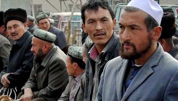 Restaurants Ordered to Remain Open in Xinjiang Amid Ramadan Fast