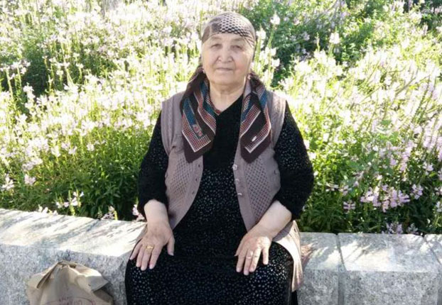 Elderly Uyghur Woman Harassed, Threatened by Police