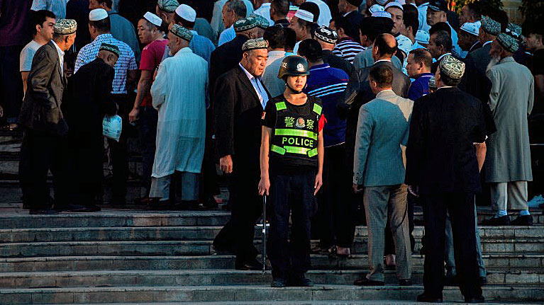 China Collecting DNA From All Uyghurs in Xinjiang Under Guise of Free Physicals
