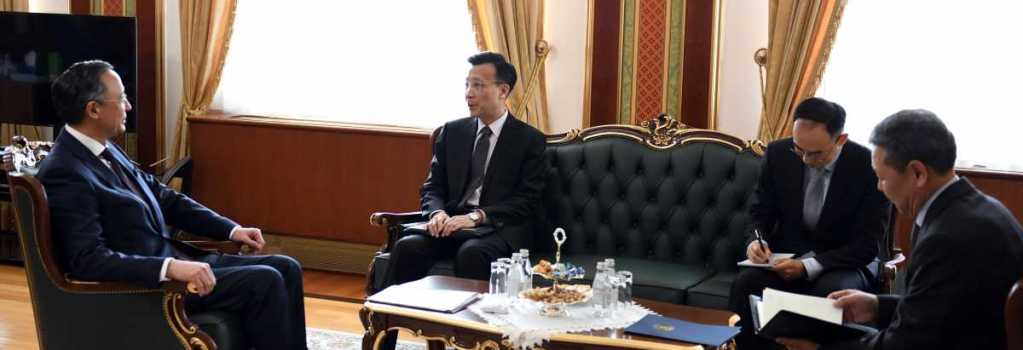 Kazakhstan, China hold talks on fate of diaspora in Xinjiang